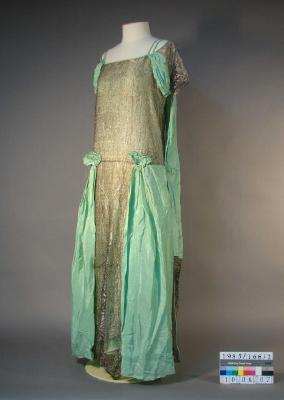 Evening dress; Green silk with silver mesh