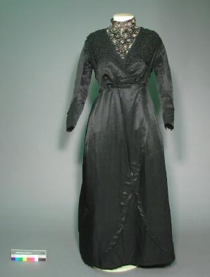 Dress; Black silk day dress